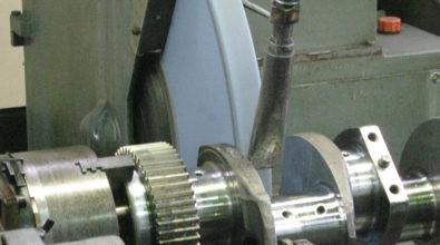 クランクシャフト研磨加工事例