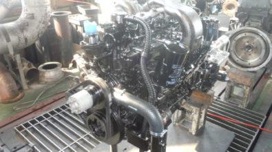 三菱ふそうディーゼルエンジン 定期整備