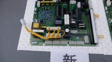 官公庁に設立されている非常用発電装置 制御基盤装置交換作業